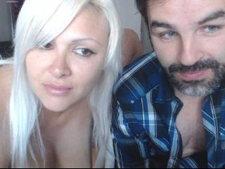 ScarlettandBruce webcam